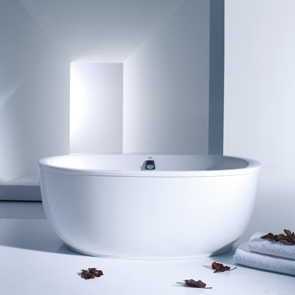 Hytec Freestanding Bathtub
